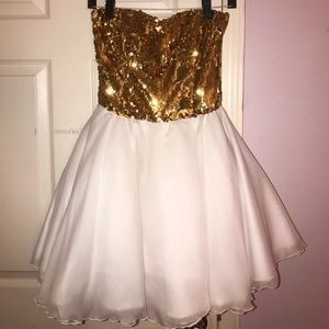 Other - White and Gold Sweetheart Prom Dress